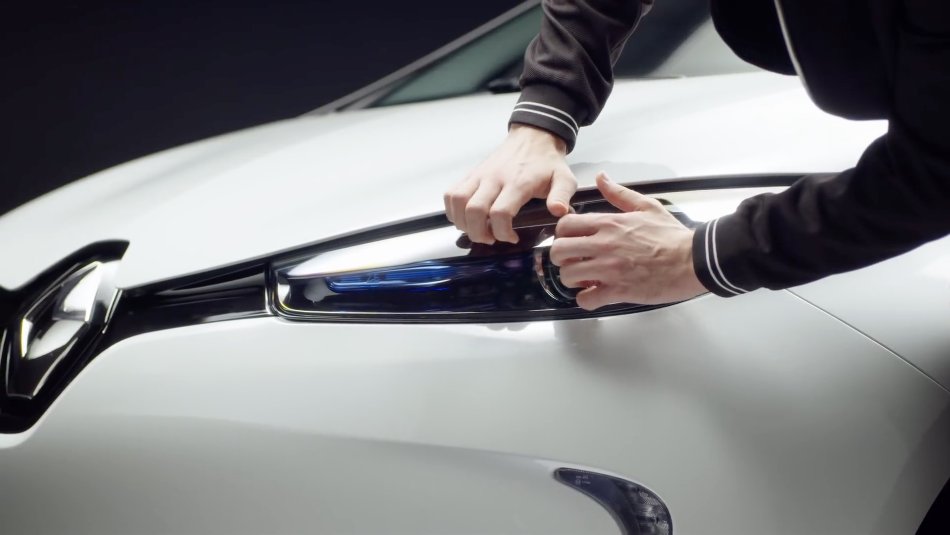 Discover the weirdly satisfying world of ASMR with Renault
