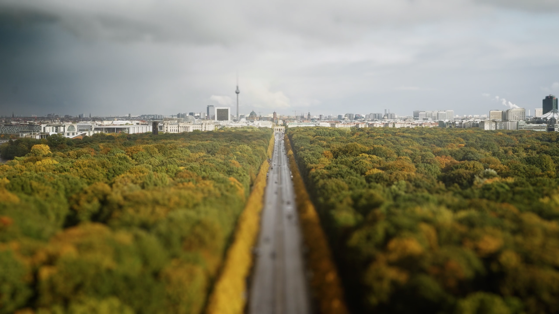 Berlin becomes a miniature city in this short documentary