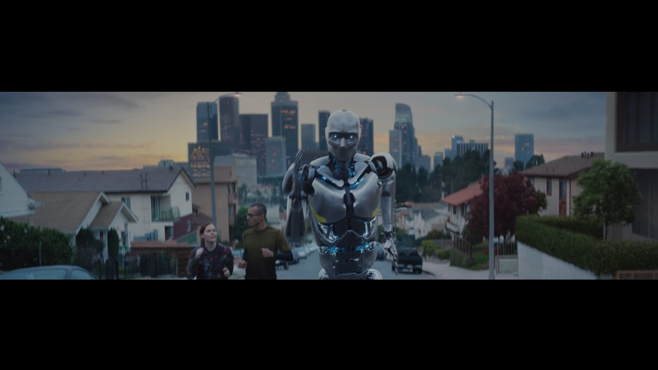 Michelob ULTRA's Super Bowl ad makes fun of the fact robots can't drink beer