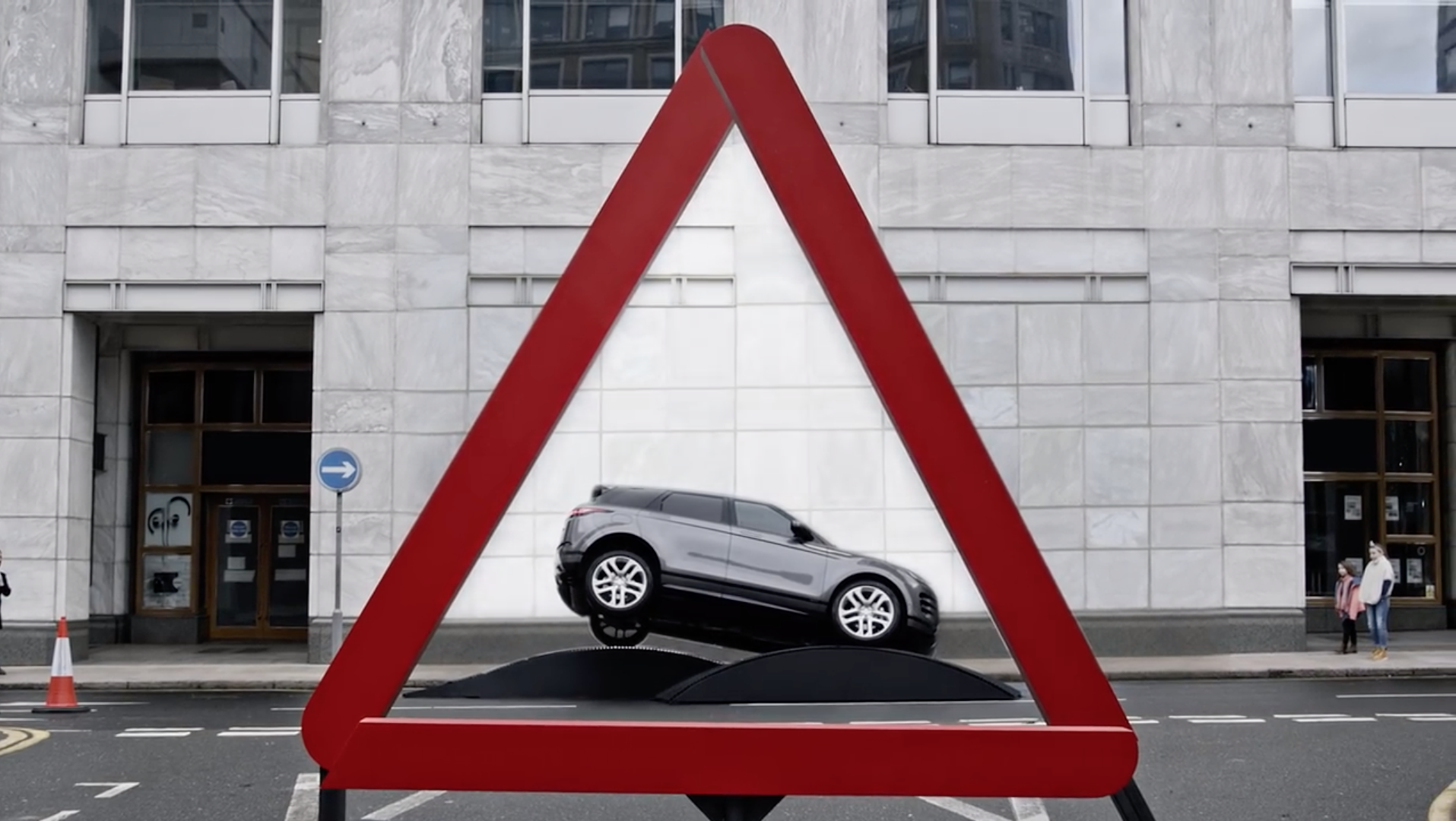 Range Rover recreate road signs in real life with the new Evoque