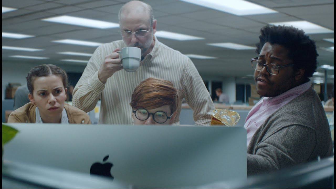 Apple Celebrates Underdogs At Work With Great New Ad