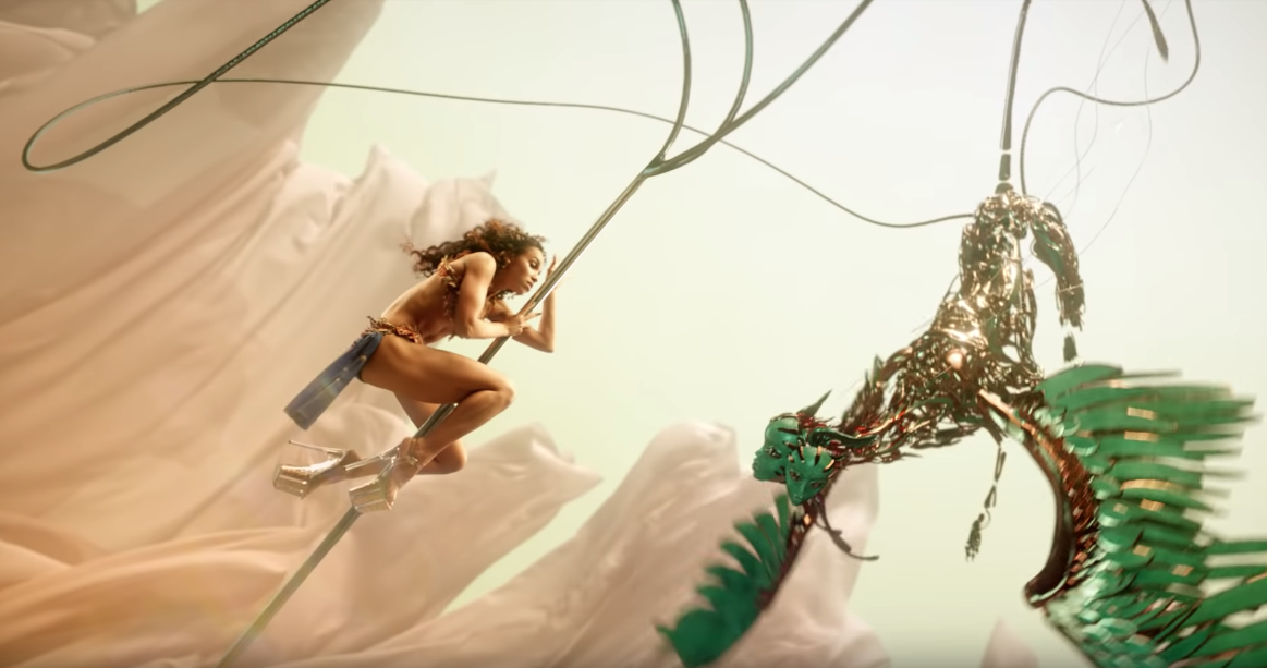"Watch FKA Twigs Mesmerising  Music Video For ""Cellophane"""