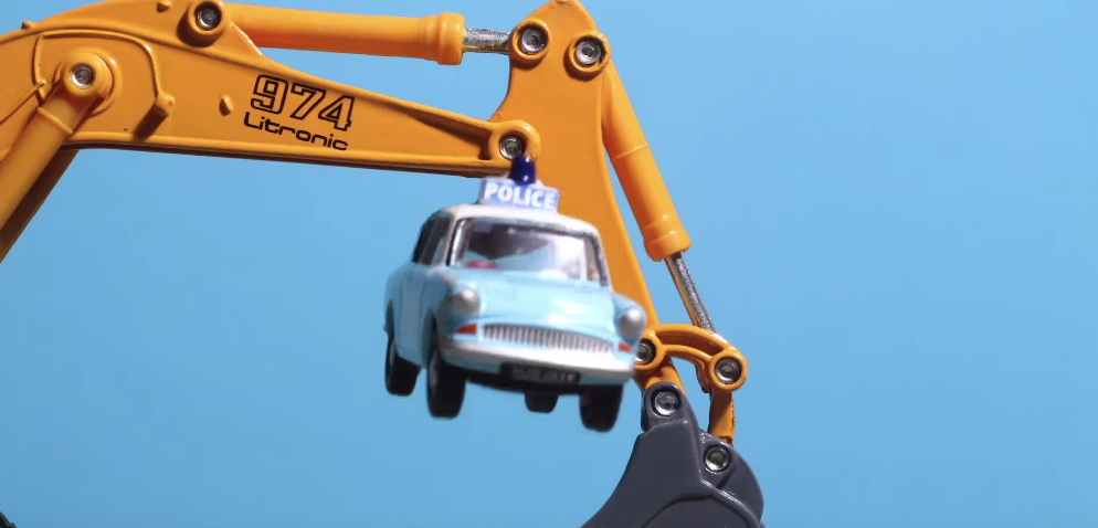 Samm Henshaw Creates A Stop-Motion Car Chase In This Brill Music Vid