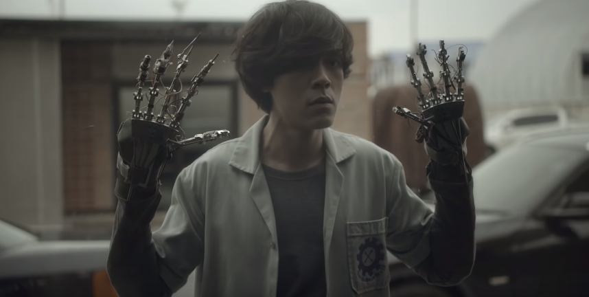 "Watch The Samsung Ad That's Gone Viral In Thailand – ""The Mechanic"""