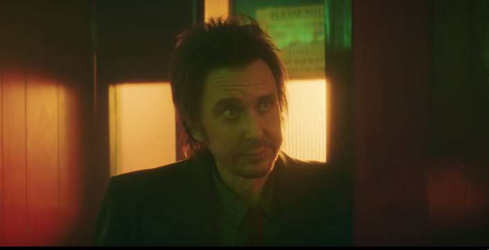 "Peep Show's Superhans Stars In Sam Fender's Music Video For ""Saturday"""