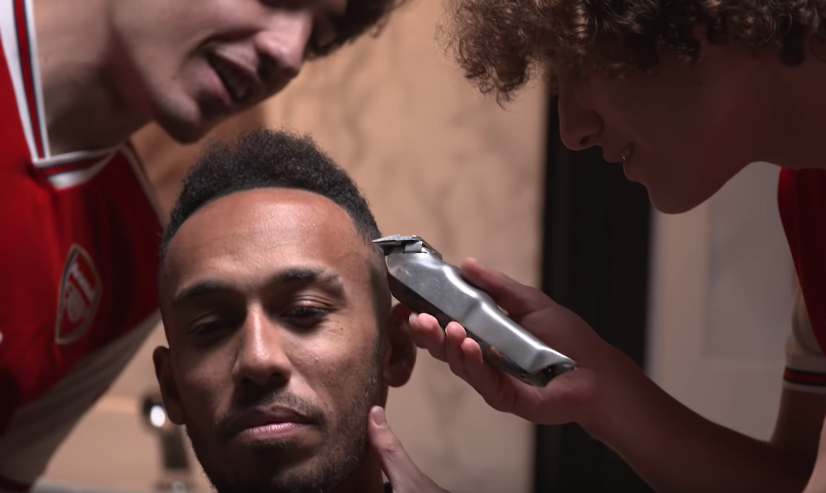 Arsenal's Star Players Aubameyang, Bellerin & Luiz Get A Trim At The Barbershop